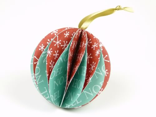 Lovely paper christmas ornaments you can make for Homemade christmas ornaments to make