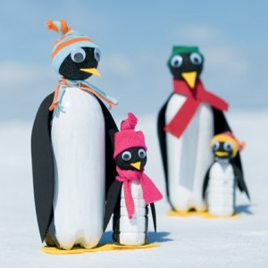 antarctic-penguin-christmas-craft-photo-420-FF0110YARD_A04