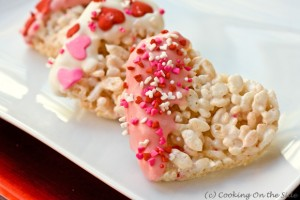 Heart-Shaped-Rice-Krispies-Treats-close-580