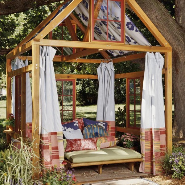 outdoor-room-600x600