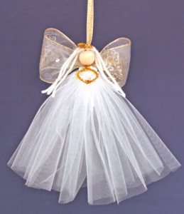 Easy-Angel-Crafts-Tulle-Angel-hanging3